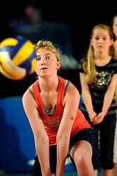 10-05-2008 VOLLEYBAL: DELA MEIDENDAG: APELDOORN<br /> Zo n 1500 meisjes woonden de teampresentatie van het Nederlands vrouwenvolleybalteam bij. De DELA meidendag werd weer een groot succes / <br /> ©2008-WWW.FOTOHOOGENDOORN.NL
