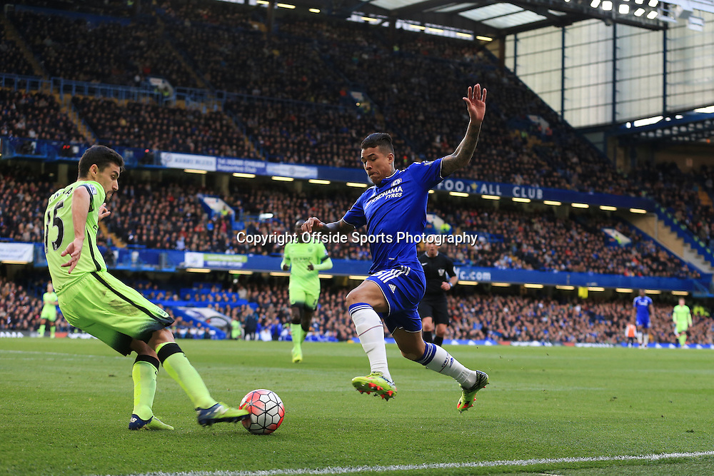 16 April 2016 - Barclays Premier League - Chelsea v Manchester City - Kenedy of Chelsea in action with Jesus Navas of Manchester City - Photo: Marc Atkins / Offside.