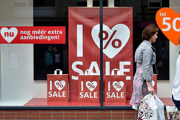 Nederland, Nijmegen, 4-7-2014Er is weer volop uitverkoop.Foto: Flip Franssen/Hollandse Hoogte