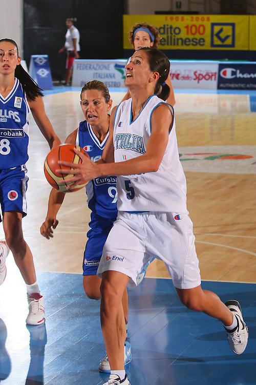 DESCRIZIONE : Bormio Torneo Internazionale Femminile Olga De Marzi Gola Italia Grecia <br /> GIOCATORE : Chiara Franchini <br /> SQUADRA : Nazionale Italia Donne <br /> EVENTO : Torneo Internazionale Femminile Olga De Marzi Gola <br /> GARA : Italia Grecia Italy Greece <br /> DATA : 24/07/2008 <br /> CATEGORIA : Penetrazione <br /> SPORT : Pallacanestro <br /> AUTORE : Agenzia Ciamillo-Castoria/S.Silvestri <br /> Galleria : Fip Nazionali 2008 <br /> Fotonotizia : Bormio Torneo Internazionale Femminile Olga De Marzi Gola Italia Grecia <br /> Predefinita :