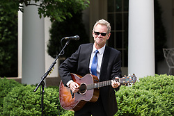 May 4, 2017 - Washington, DC, United States - Steven Curtis Chapman, 58-time Dove Award-winning Christian artist, performed at the National Day of Prayer ceremony, in the Rose Garden of the White House, On Thursday, May 4, 2017. (Credit Image: © Cheriss May/NurPhoto via ZUMA Press)