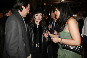 Percy Gibson, Martine McCutcheon and Joan Collins, Spring party at Frankie Dettori's bar and Grill. 3 Yeoman's Row. London sw3. 10 April 2006. ONE TIME USE ONLY - DO NOT ARCHIVE  © Copyright Photograph by Dafydd Jones 66 Stockwell Park Rd. London SW9 0DA Tel 020 7733 0108 www.dafjones.com