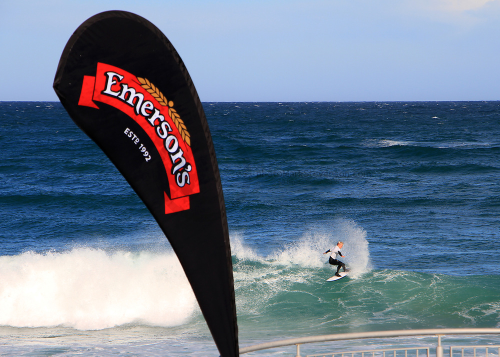Emerson&rsquo;s South Island Championships <br /> Day 2 held at St Clair Beach started in 1/3 ft waves and increased to 3/5 ft with a sw change early morning