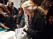 PRISCILLA RATAZZI, Book signing reception for a photo book of Black and White photographs of dogs Luna and Lola'  by Priscilla Rattazzi. Mungo and Maud. Elizabeth st. London. 9 November 2008. -DO NOT ARCHIVE-© Copyright Photograph by Dafydd Jones. 248 Clapham Rd. London SW9 0PZ. Tel 0207 820 0771. www.dafjones.com.