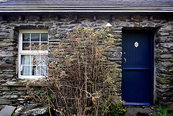 IRELAND KERRY DINGLE 3NOV05 - Detail of an old cottage near Slea Head on the Dingle Peninsula, Irelands most westerly county...jre/Photo by Jiri Rezac..© Jiri Rezac 2005..Contact: +44 (0) 7050 110 417.Mobile: +44 (0) 7801 337 683.Office: +44 (0) 20 8968 9635..Email: jiri@jirirezac.com.Web: www.jirirezac.com..© All images Jiri Rezac 2005 - All rights reserved.