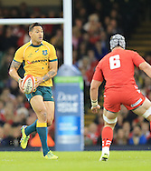 Israel Folau of Australia takes on Dan Lydiate of Wales  during the International Test Match match at the Millennium Stadium, Cardiff<br /> Picture by Michael Whitefoot/Focus Images Ltd 07969 898192<br /> 08/11/2014