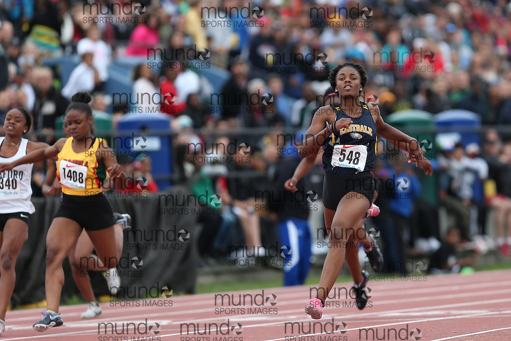 Mariam Abdul-Rashid of Eastdale CVI - Oshawa competes in the junior girls 100m final at the 2013 OFSAA Track and Field Championship in Oshawa Ontario, Thursday,  June 6, 2013.<br /> Mundo Sport Images / Sean Burges