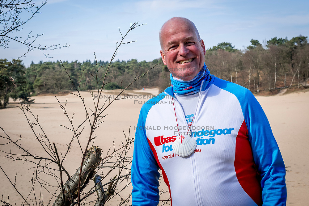 18-03-2018 NED: We hike to change diabetes, Soest<br /> Training voor de Camino 2018 op de Soesterduinen / Eric