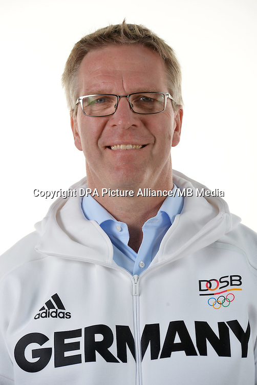 Dirk Schimmelpfennig poses at a photocall during the preparations for the Olympic Games in Rio at the Emmich Cambrai Barracks in Hanover, Germany. July 07, 2016. Photo credit: Frank May/ picture alliance. | usage worldwide