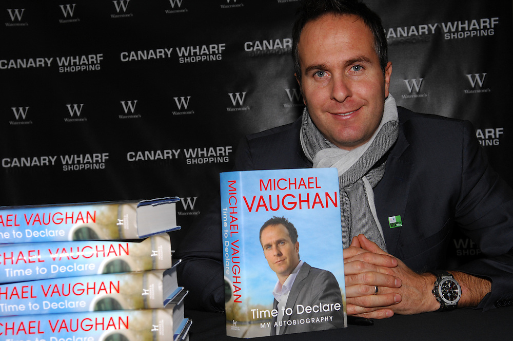 Former England cricket captain, Michael Vaughan, signing copies of his autobiographyMichael Vaughan signing copies of his autobiography