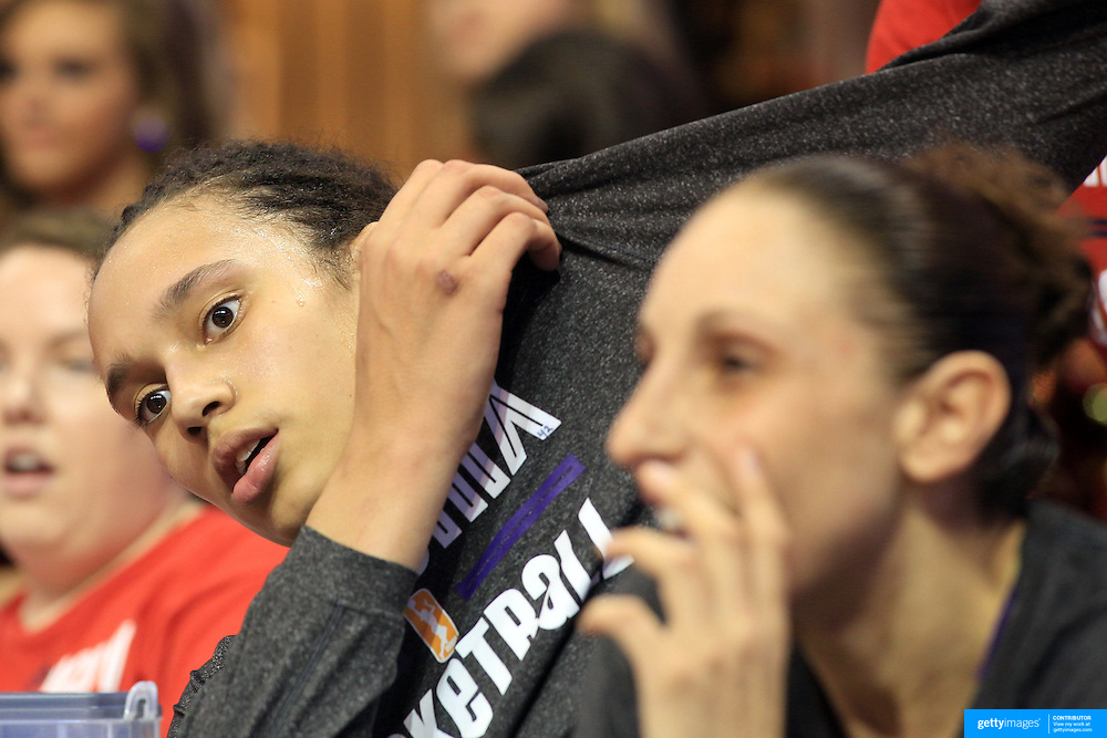 Brittney Griner, Phoenix Mercury on the bench with team mate Diana Taurasi during the Connecticut Sun V Phoenix Mercury, WNBA regular season game at Mohegan Sun Arena, Uncasville, Connecticut, USA. 29th June 2013. Photo Tim Clayton