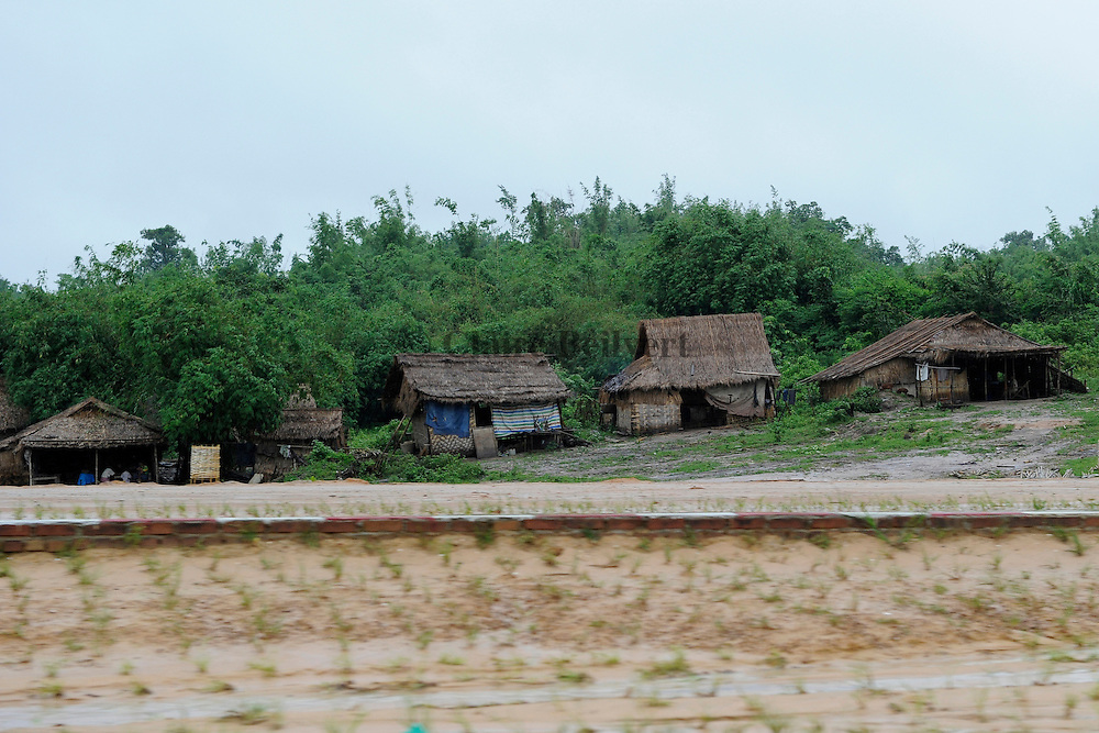 Temporary shelter built by the forced workers themselves along the Naypyidaw highway.