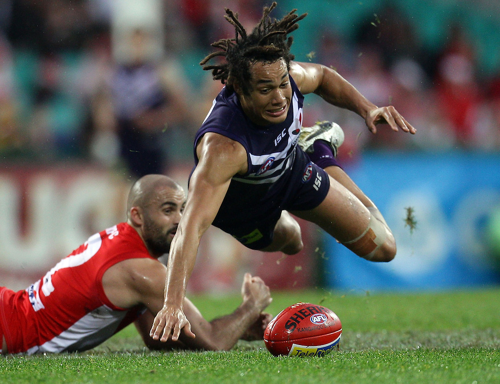 Tendai Mzungu of Fremantle in action during the AFL Round 17 match between the Sydney Swans and the Fremantle Dockers at the SCG, Sydney.