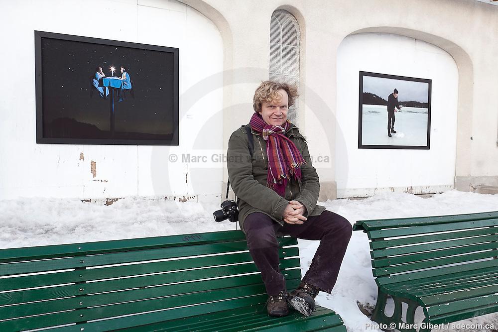 Vernissage de l'exposition - Portraits manipulés - du photographe Christophe Loiseau durant Les 3 jours de Casteliers - Les arts de la Marionette à  Pavillon Saint-Viateur / Montreal / Canada / 2014-03-06, Photo © Marc Gibert / adecom.ca