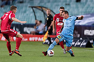 SYDNEY, NSW- NOVEMBER 21: Sydney FC defender Luke Wilkshire (26) takes the ball downfield at the FFA Cup Final Soccer between Sydney FC and Adelaide United on November 21, 2017 at Allianz Stadium, Sydney. (Photo by Steven Markham/Icon Sportswire)