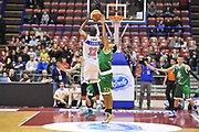 DESCRIZIONE : Milano Final Eight Coppa Italia 2014 Semifinale Enel Brindisi - Montepaschi Siena<br /> GIOCATORE : Ron Lewis<br /> CATEGORIA : Tiro Tre Punti<br /> SQUADRA : Enel Brindisi <br /> EVENTO : Final Eight Coppa Italia 2014 Milano<br /> GARA : Enel Brindisi - Montepaschi Siena<br /> DATA : 08/02/2014<br /> SPORT : Pallacanestro <br /> AUTORE : Agenzia Ciamillo-Castoria / Luigi Canu<br /> Galleria : Final Eight Coppa Italia 2014 Milano<br /> Fotonotizia : Milano Final Eight Coppa Italia 2014 Semifinale Enel Brindisi - Montepaschi Siena<br /> Predefinita :