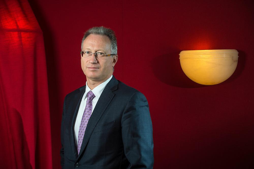Yves Mirabaud élu à la présidence des banques privées.