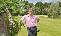 MAARSBERGEN - Wytse van Esveld, hoofdpro op hole A7 Vallei. Golfclub Anderstein. FOTO KOEN SUYK