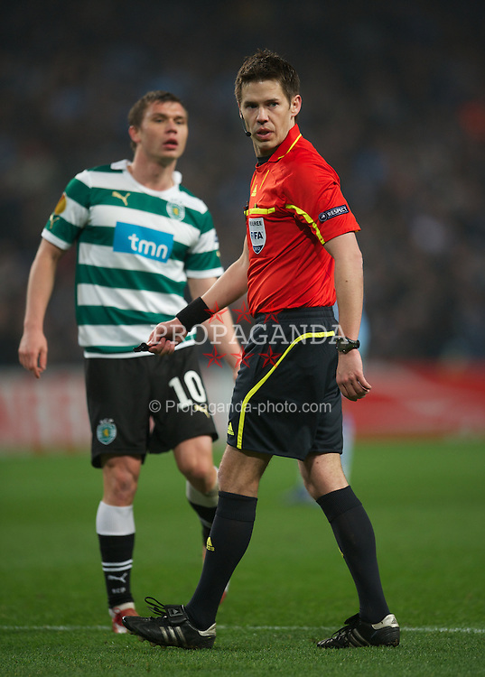 MANCHESTER, ENGLAND - Thursday, March 15, 2012: Norwegian referee Tom Harald Hagen during the UEFA Europa League Round of 16 2nd Leg match between Manchester City and Sporting Clube de Portugal at City of Manchester Stadium. (Pic by David Rawcliffe/Propaganda)