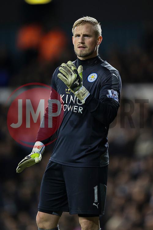 Kasper Schmeichel of Leicester City - Mandatory byline: Jason Brown/JMP - 07966386802 - 13/01/2016 - FOOTBALL - White Hart Lane - London, England - Tottenham v Leicester City - Barclays Premier League