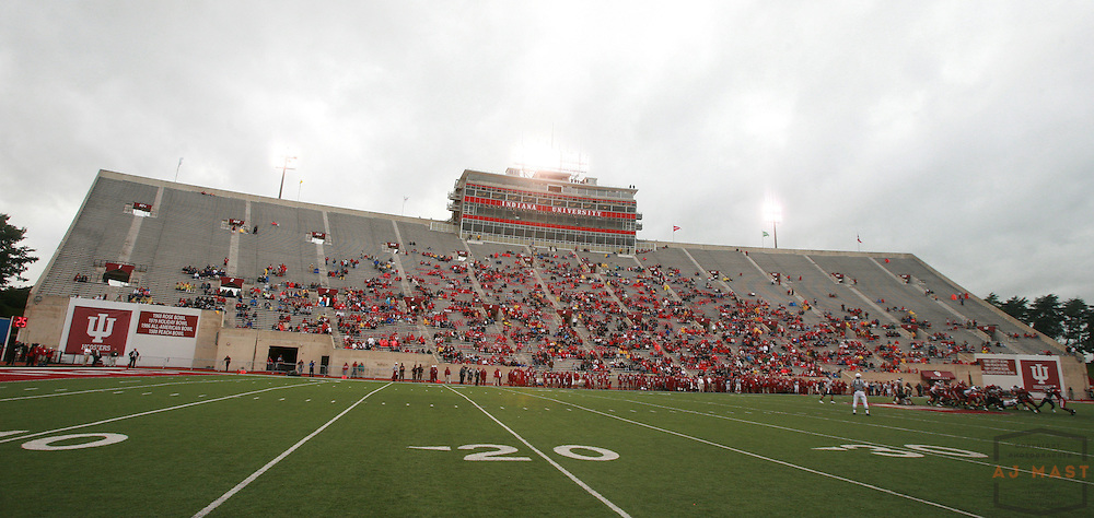 23 September 2006:Memorial Stadium as  the Indiana Hoosiers lost 14-7 to the University of Connecticut  Huskies  in college football in Bloomington, Ind.