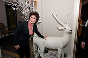RUBY WAX, Veuve Clicquot Tribute award dinner for Ruby Wax for her outstanding contribution to the greater understanding of mental illness in the UK. Berkeley Hotel, London. 25 November 2011.