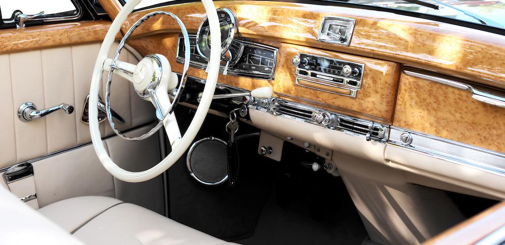 Mercedes Benz 300 SC