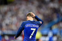 Antoine Griezmann of France scratches his head  - Mandatory by-line: Joe Meredith/JMP - 10/07/2016 - FOOTBALL - Stade de France - Saint-Denis, France - Portugal v France - UEFA European Championship Final