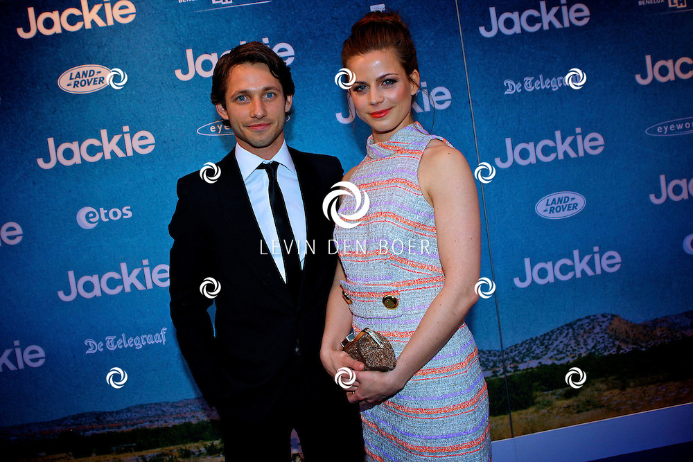 AMSTERDAM - In DeLaMar theater is de filmpremiere van Jackie.  Met op de foto Wouter de Jong en zijn partner Elise Schaap. FOTO LEVIN DEN BOER - PERSFOTO.NU