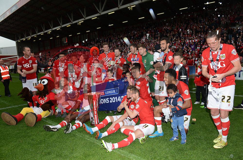 Bristol City celebrate - Photo mandatory by-line: Dougie Allward/JMP - Mobile: 07966 386802 - 03/05/2015 - SPORT - Football - Bristol - Ashton Gate - Bristol City v Walsall - Sky Bet League One