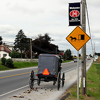 Amish Country, Lancaster County, Intercourse PA - Buggy passing signage