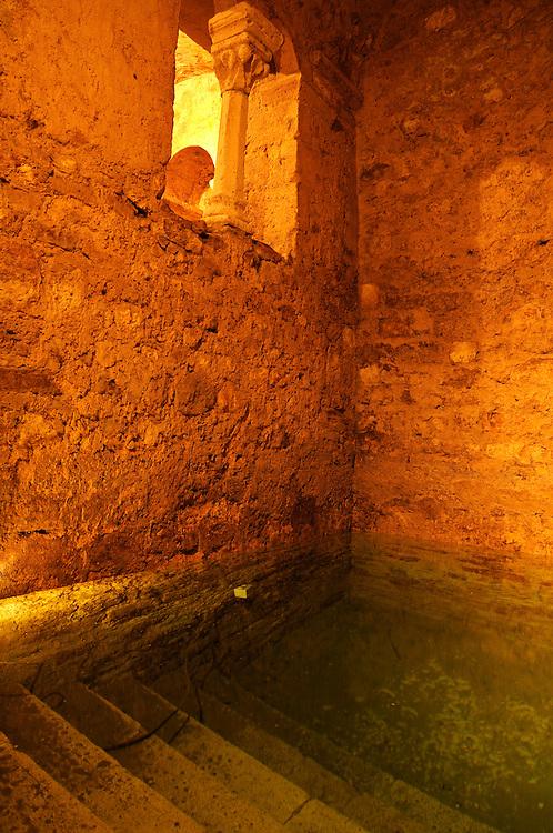 France, Languedoc Roussillon, Hérault, Montpellier, centre historique, Ecusson, le Mikvé, plus ancien bain rituel juif d'europe (XIIe S.)