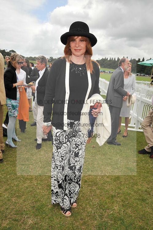 STEFANIE POWERS at the 2009 Veuve Clicquot Gold Cup Polo final at Cowdray Park Polo Club, Midhurst, West Sussex on 19th July 2009.