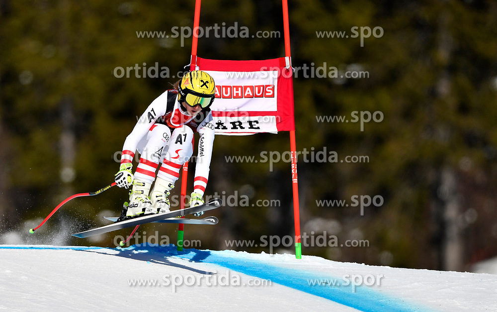 09.03.2017, Are, SWE, FIS Ski Alpin Junioren WM, Are 2017, Damen, Super G, im Bild Nina Ortlieb // during Ladies Super G of the FIS Junior World Ski Championships 2017. Are, Sweden on 2017/03/09. EXPA Pictures &copy; 2017, PhotoCredit: EXPA/ Nisse<br /> <br /> *****ATTENTION - OUT of SWE*****