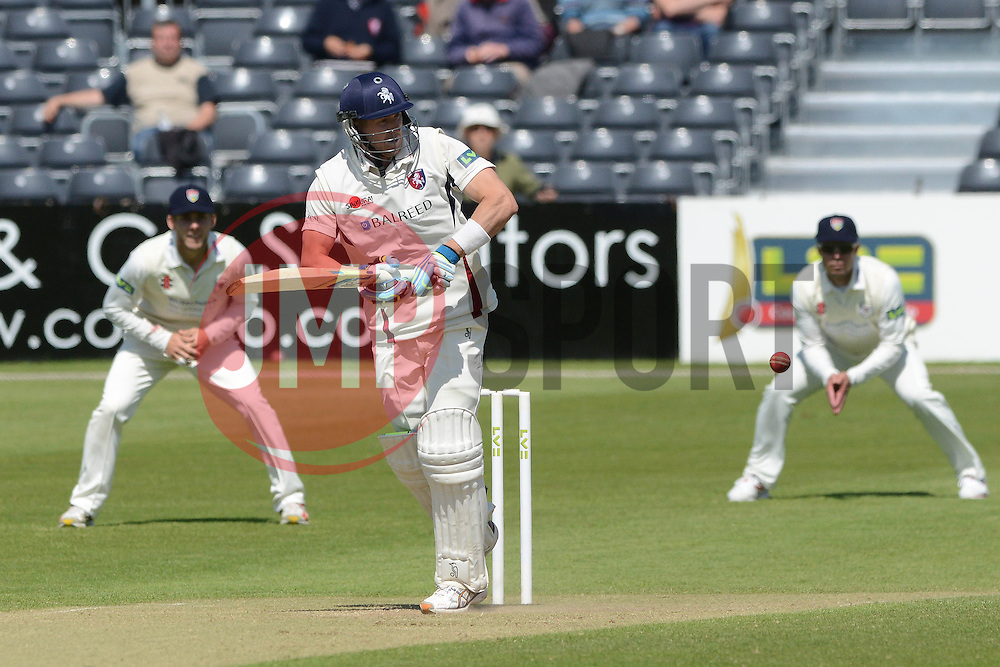 Joe Denly scores a half-century - Photo mandatory by-line: Dougie Allward/JMP - Mobile: 07966 386802 - 21/05/2015 - SPORT - Cricket - Bristol - County Ground - Gloucestershire v Kent - LV=County Cricket