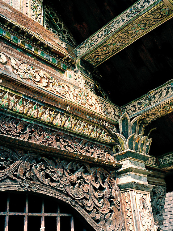 Detail of wood carving at Wat Ton Kwen, also known as Wat Intawat, a prime example of Lanna temple architecture