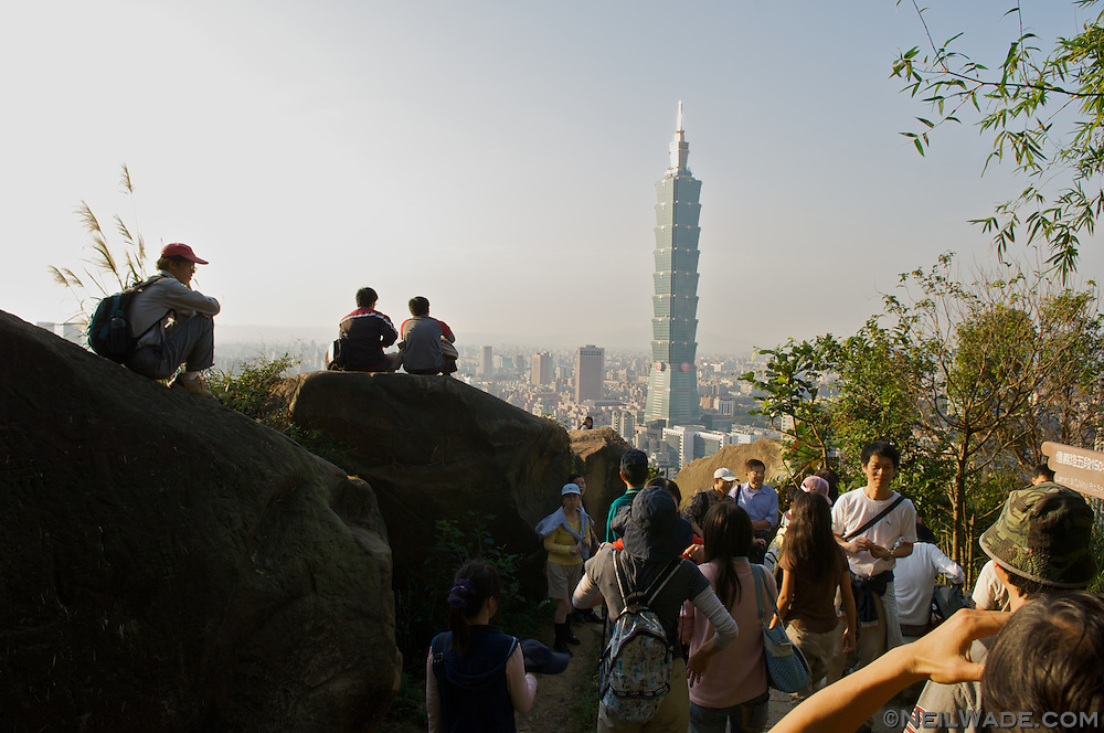 Elephant Mountain can get very croweded at dusk on weekends.
