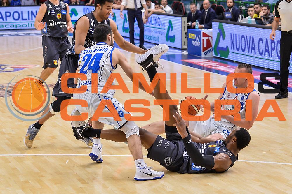 Dusko Savanovic, Dominique Sutton<br /> Banco di Sardegna Dinamo Sassari - Dolomiti Energia Aquila Basket Trento<br /> Legabasket Serie A LBA Poste Mobile 2016/2017<br /> Playoff Quarti Gara3<br /> Sassari 16/05/2017<br /> Foto Ciamillo-Castoria