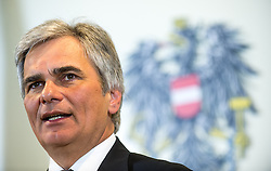 16.04.2013, Bundeskanzleramt, Wien, AUT, Bundesregierung, Pressefoyer nach Sitzung des Ministerrats, im Bild Bundeskanzler Werner Faymann SPOe // Federal Chancellor Werner Faymann SPOe during press foyer after  council of ministers, Chancellors office, Vienna, Austria on 2013/04/16, EXPA Pictures © 2013, PhotoCredit: EXPA/ Michael Gruber