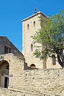 L'église Saint-Michel à Duilhac-sous-Peyrepertuse, Hautes corbieres, Aude, France