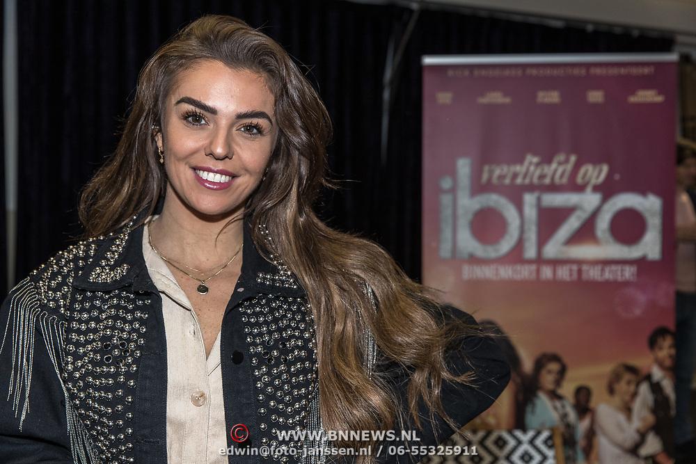 NLD/Amsterdam/20191204 - Repetities musical Verliefd op Ibiza, Laura Ponticorvo