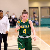 4th year guard, Avery Pearce (4) of the Regina Cougars  during the Regina Cougars vs Lethbridge on November 3 at University of Regina. Credit Matte Black Photos/©Arthur Images 2018
