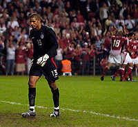 Fotball<br /> England 2005/2006<br /> Foto: SBI/Digitalsport<br /> NORWAY ONLY<br /> <br /> Danmark v England<br /> <br /> International Friendly. 17/08/2005.<br /> <br /> England goalkeeper David James (L) is again in the spotlight as Denmark celebrate in the background as they put four past him.