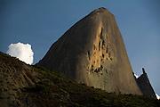Domingos Martins_ES, Brasil...Pedra Azul, ou Pedra do Lagarto em Domingos Martins...Pedra Azul or Pedra do Lagarto in Domingos Martins...Foto: LEO DRUMOND / NITRO