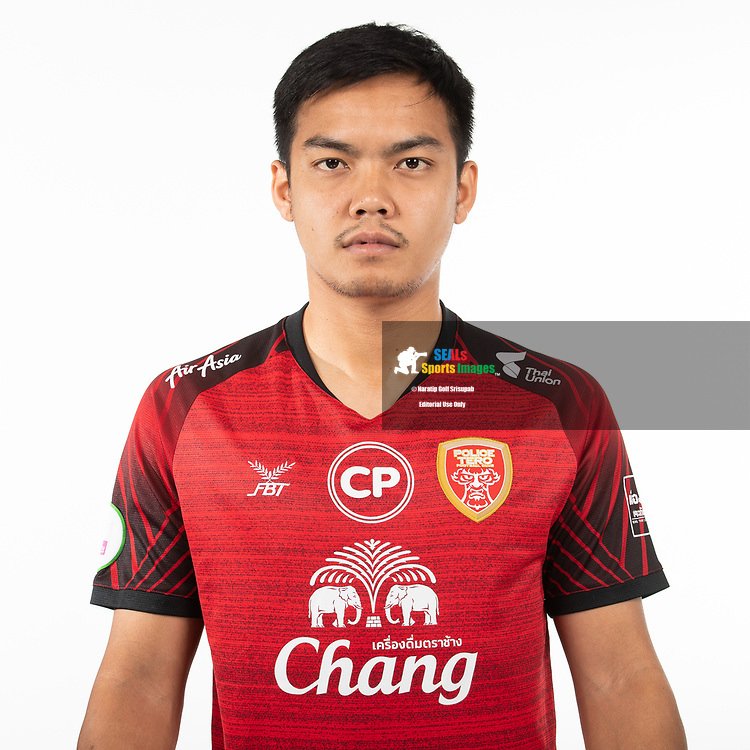 THAILAND - MARCH 05: Jaturong Pimkoon #10 of Police Tero FC on March 05, 2019.<br /> .<br /> .<br /> .<br /> (Photo by: Naratip Golf Srisupab/SEALs Sports Images/MB Media Solutions)