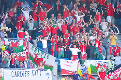 OSLO, NORWAY - Wednesday, September 5, 2001: Wales supporters celebrate the opening goal during the FIFA World Cup 2002 Qualifying Group 5 match against Norway at the Ullevaal Stadion. (Pic by David Rawcliffe/Propaganda)