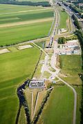 Nederland, Zuid-Holland, Oud-Alblas, 28-06-2006; luchtfoto ; ingang Sophia spoortunnein polder Zuidzijde, tussen Alblasserdam en Papendrecht, onderdeevan de Betuweroute, vanaf dit punt loopt de goederenspoorlijn paralleaan de A15 richting Duisland; de eigenlijke tunneis 4 km en begint in Hendrik-Ido-Ambacht; boortunnel, Betuwelijn, landschap, milieu, transport, verkeer en vervoer, vrachtvervoer, logistiek, infrastructuur, mobiliteit, landschap, planologie; .luchtfoto (toeslag); aerial photo (additional fee required); .foto Siebe Swart / photo Siebe Swart