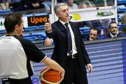 DESCRIZIONE : Capo dOrlando Lega A BEKO 2015-16 Betaland Orlandina Basket Banco di Sardegna Sassari  <br /> GIOCATORE :  Marco Calvani<br /> CATEGORIA :  Head Coach Delusione Arbitri Refeerer<br /> SQUADRA : Betaland Upea Capo dOrlando <br /> EVENTO : Campionato Lega A BEKO 2015-2016 <br /> GARA : Betaland Orlandina Basket Banco di Sardegna Sassari<br /> DATA : 30/11/2015<br /> SPORT : Pallacanestro <br /> AUTORE : Agenzia Ciamillo-Castoria/G. Pappalardo <br /> Galleria : Lega Basket A BEKO 2015-2016 <br /> Fotonotizia : Capo dOrlando Lega A BEKO 2015-16 Betaland Orlandina Basket Banco di Sardegna Sassari
