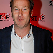 NLD/Blaricum/20121104 - Benefietavond The Red Sun Blaricum  t.b.v. Stop Kindermisbruik, Arjan Erkel