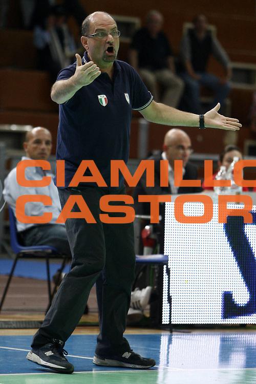 DESCRIZIONE : Napoli Palavesuvio LBF Opening Day Cras Basket Taranto Pool Comense<br /> GIOCATORE : Roberto Ricchini<br /> SQUADRA : Cras Basket Taranto<br /> EVENTO : Campionato Lega Basket Femminile A1 2009-2010<br /> GARA : Pool Comense<br /> DATA : 10/10/2009 <br /> CATEGORIA : ritratto coach<br /> SPORT : Pallacanestro <br /> AUTORE : Agenzia Ciamillo-Castoria/E.Castoria